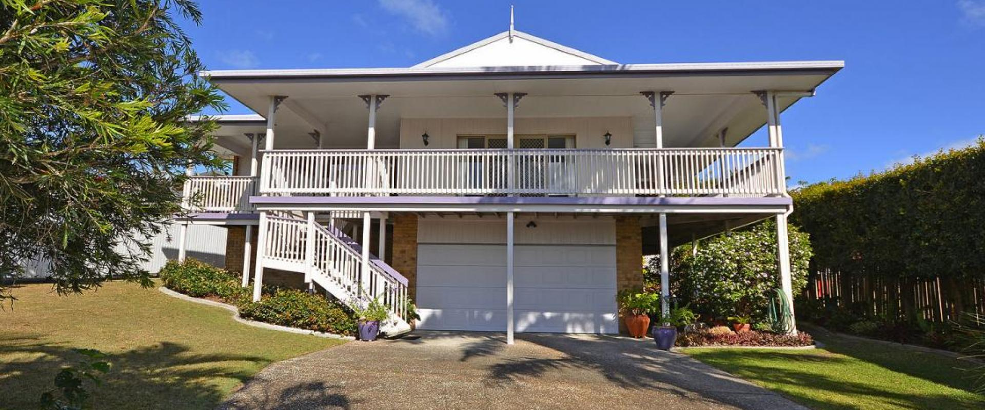 A TRULY MAGNIFICENT ELEVATED RESIDENCE SITTING UP HIGH WITH BREATHTAKING AND SPECTACULAR SWEEPING TREE TOP CANOPY, DISTANT SEA AND FRASER ISLAND VIEWS