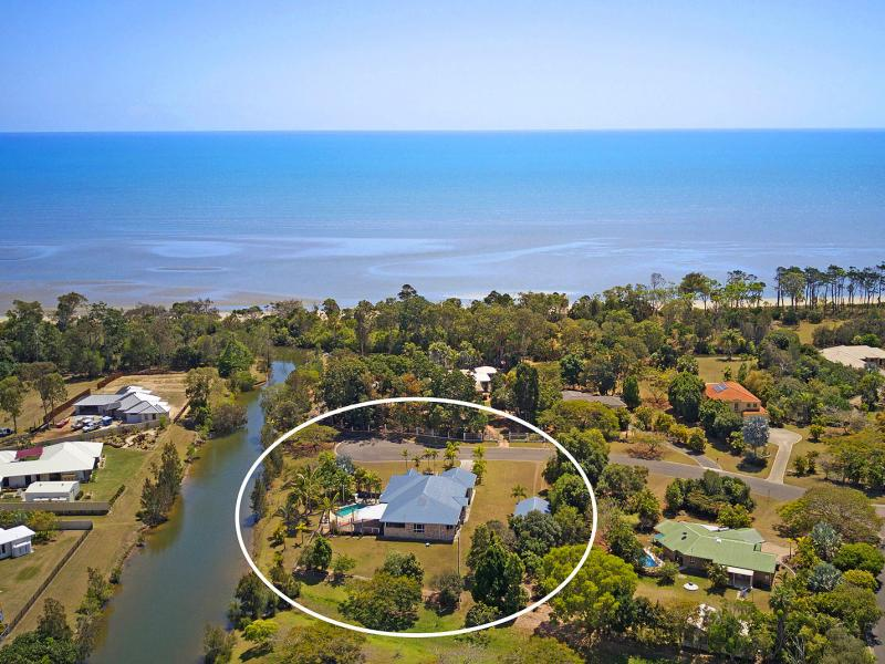 WALK TO THE RUSTIC SANDY BEACH FROM YOUR LUXURIOUS 364 SQM WATER FRONT AND BEACH SIDE RESIDENCE, LOCATED IN A QUIET CUL DE SAC, LARGE 12 x 7.5 M SHED.