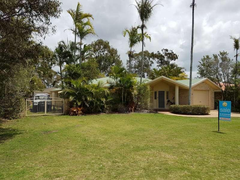 INVESTORS ONLY, LARGE, SPACIOUS FAMILY HOME & VEHICLE SHED, ADJACENT TO COUNCIL RESERVE AND WITHIN WALKING DISTANCE TO THE ELI WATERS SHOPPING CENTRE.