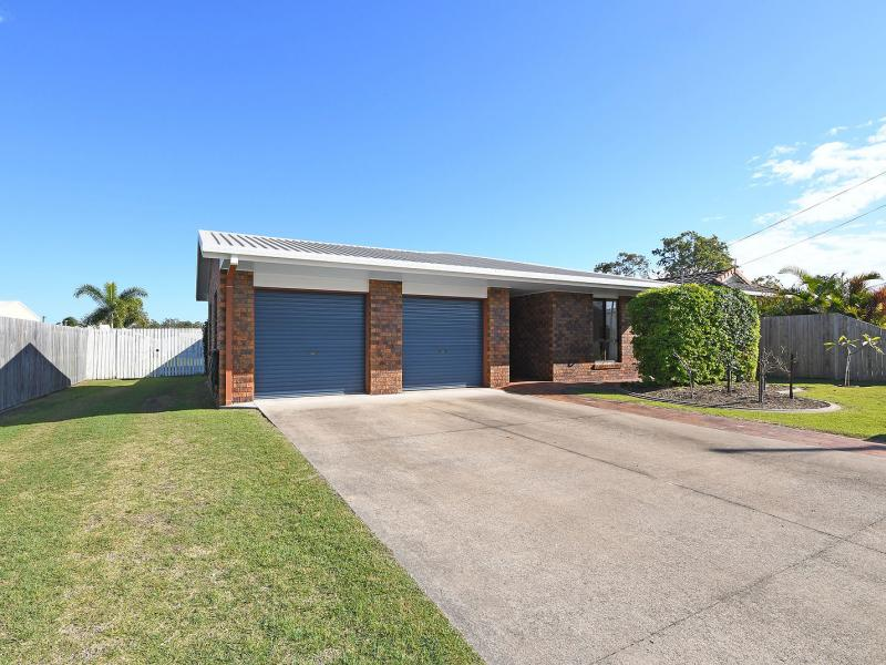 EXCLUSIVE TOP END LOCATION, WALK TO THE COAST, BEACH, GATAKERS BAY AND CENTRAL TO THE TWO BOAT LAUNCH RAMPS, 2.5kW SOLAR SYSTEM, 9 X 6 TRIPLE SHED.