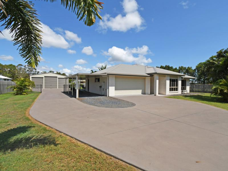 CENTRAL LOCATION - KAWUNGAN STATE SCHOOL CATCHMENT - LAND SIZE 2006 SQM, TRIPLE 12 X 9 SHED, 3.2 METRE MIDDLE DOOR HEIGHT, IDEAL FOR CARAVAN OR BOAT
