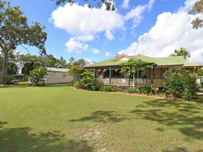 INDIVIDUAL ELEVATED CHARACTER FAMILY HOME ON 3000 SQM BLOCK WITH SUB DIVISION POTENTIAL S.T.C.A. SYLVAN SETTING LANDSCAPED GROUNDS WITH A DOUBLE SHED.