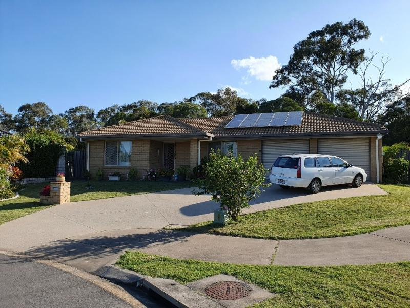 SOLD - UNDER CONTRACT IN 24 HOURS BEFORE PHOTOS TAKEN AND BEFORE ADVERTISING ONLINE - ECSTATIC SELLER - 2kW SOLAR SYSTEM, LARGE ENCLOSED ALFRESCO.