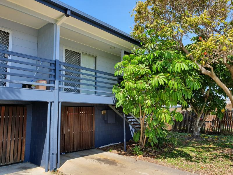 A UNIQUE OPPORTUNITY TO SECURE A TWO BEDROOM UNIT IN THIS SOUGHT AFTER PENINSULAR SUBURB, WALK TO THE LOCAL SHOPS, THE BEACH, WALKING AND CYCLING PATH
