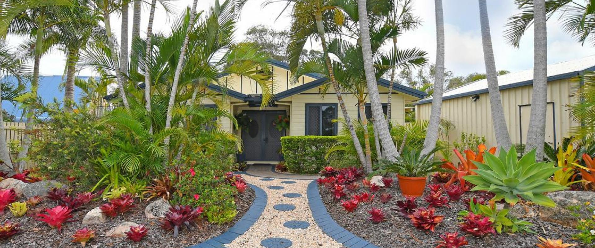 SUPERB OPPORTUNITY TO PURCHASE A UNIQUE CHARACTER FAMILY HOME A SHORT DISTANCE AWAY FROM THE GREAT SANDY STRAITS MARINA, BOAT AND CARAVAN PARKING.