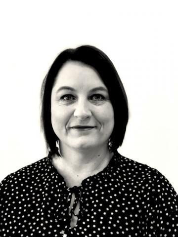 Debra Thomson
