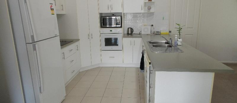 025 Tamarind Place Norman Gardens QLD 4701-6