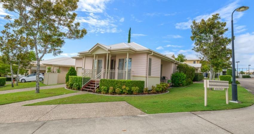 18/1 McKenzie Dr, Highland Park QLD 4211 - 2