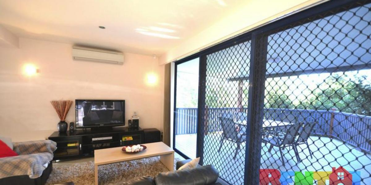 Fully Furnished - Executive Accommodation!