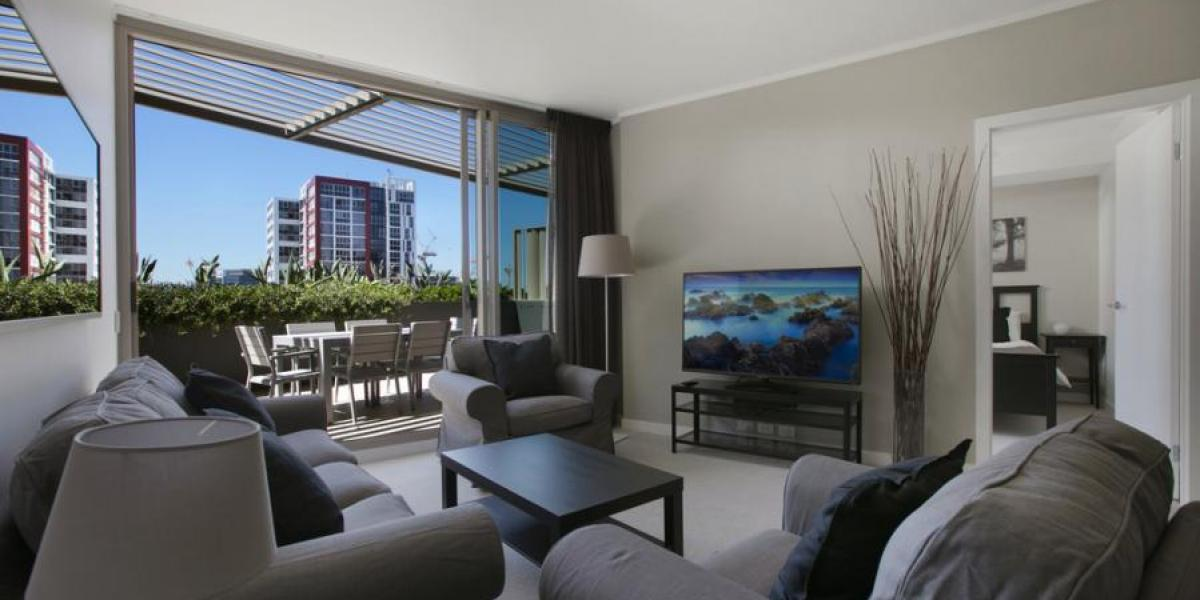 AVAILABLE NOW.. Fully Furnished, Internet Included, Brand New Furniture/White Goods, Large Kitchen, 156sqm in size + Much