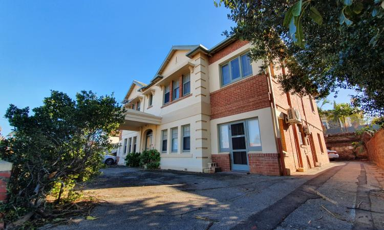 GORGEOUS SECURE UNIT IN THE HEART OF GLENELG