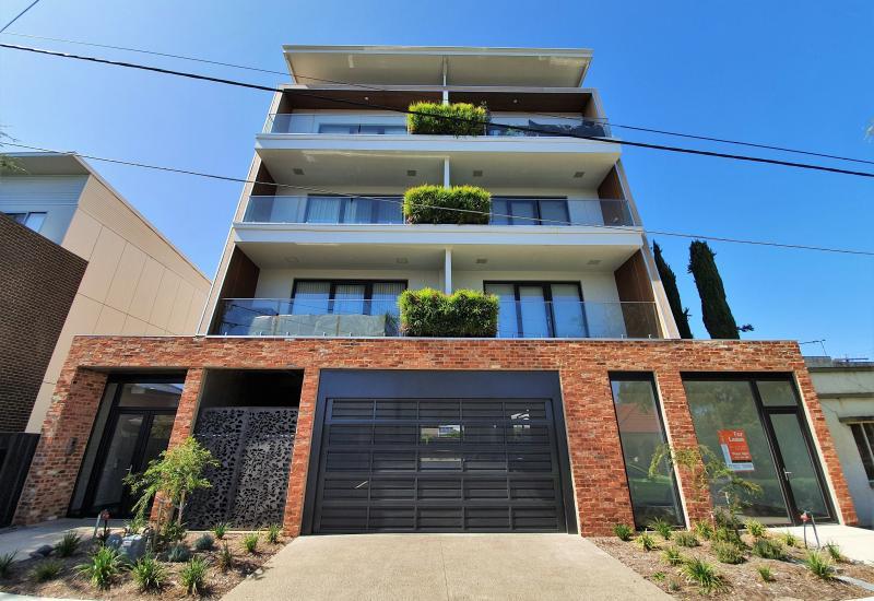 Super Trendy Apartment in Prospect