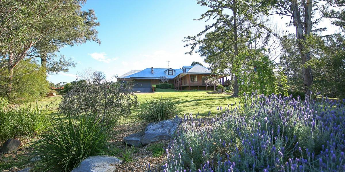 IT'S THE BUSINESS! - SUPER DESIRABLE EXEC & CUSTOM BUILT - ABUTTING VINEYARD