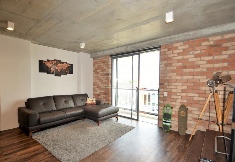 Varsity Lakes - 2 brm/2 bath Ultra Modern Brooklyn Apartments