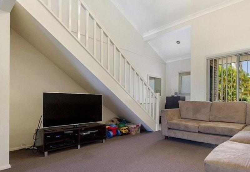 Southport Rental ~  3brm Central, Secure and Spacious