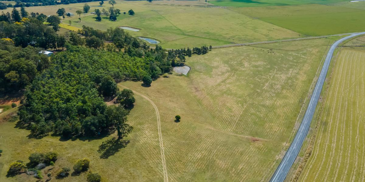 THE BEST 30 ACRE VACANT LOT IN THE VALLEY