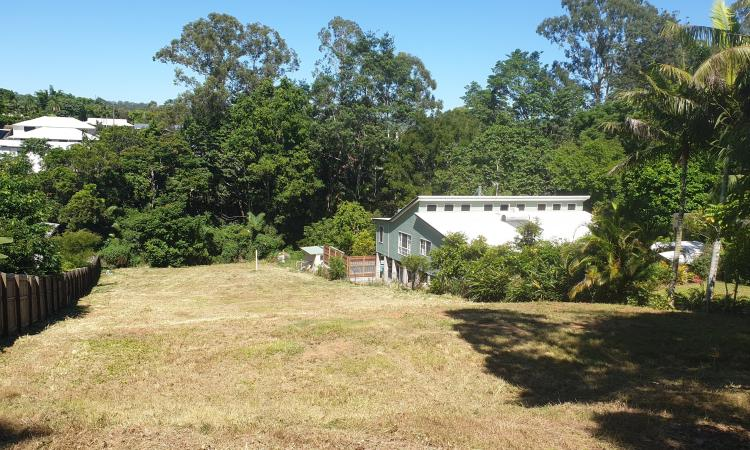 Vacant Block - walking distance to Town!