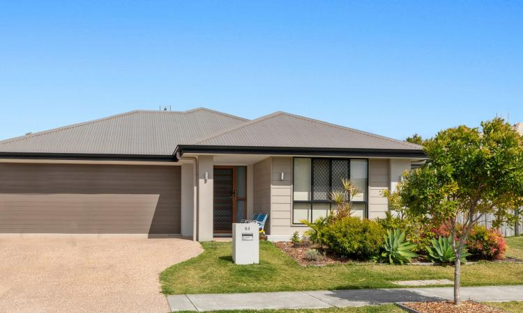 Delightful 4 Bedroom Home in Family-Friendly Brightwater