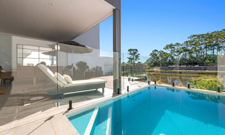 Incredible waterfront living in The Cove
