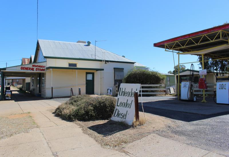 An Established convenience / grocery store located in the Main Street of Mendooran!