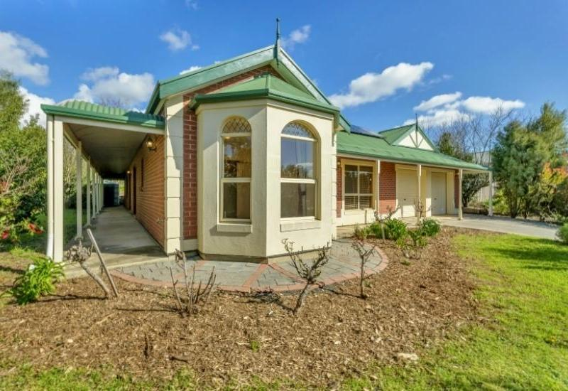 Huge Family Living In a Sought after Part of Town!