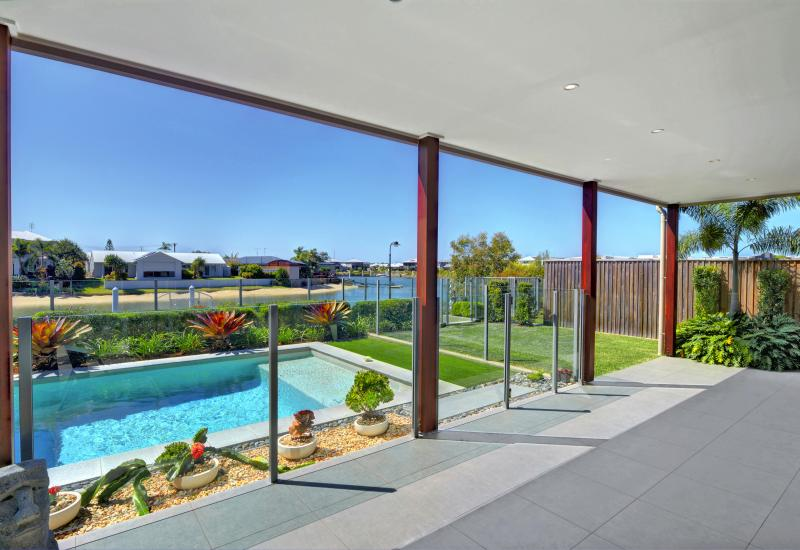 Room For The Growing Family - Direct Ocean Access Waterfront