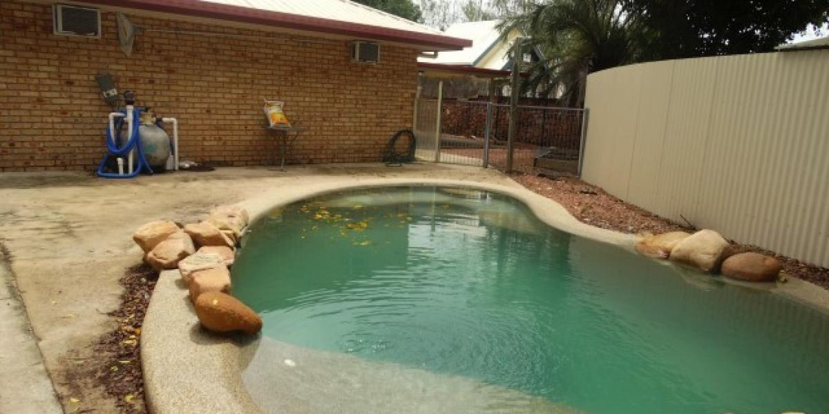 Large family home, Pool PLUS shed.