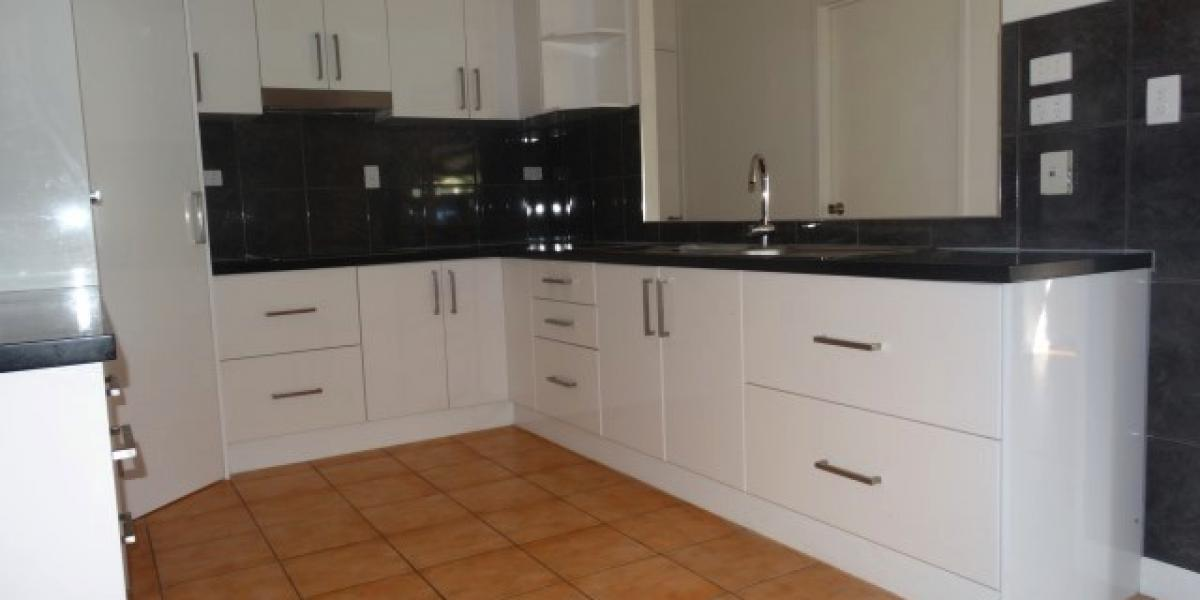 Large renovated family home - Ready for new tenants