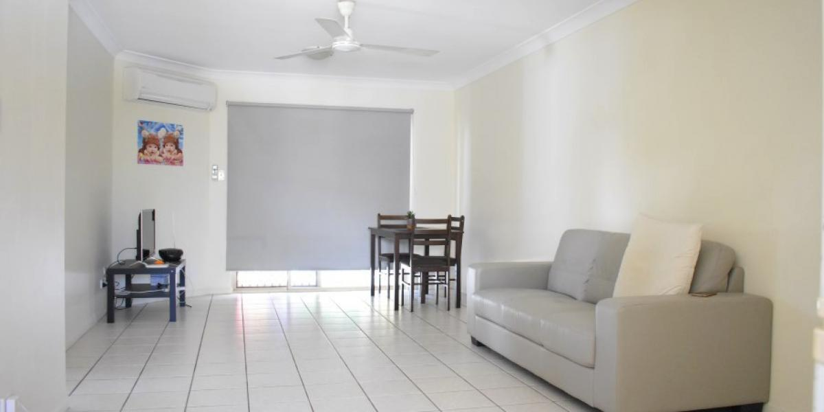 Lifestyle or Investment Returns, this Unit Offers Both