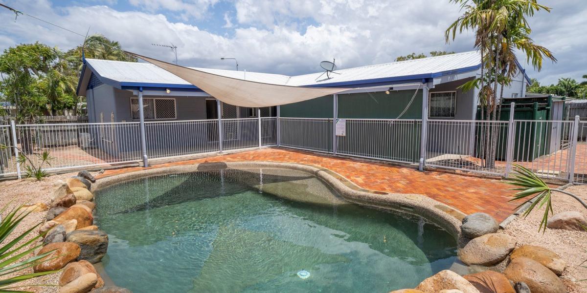 House, granny flat, pool & easy maintenance