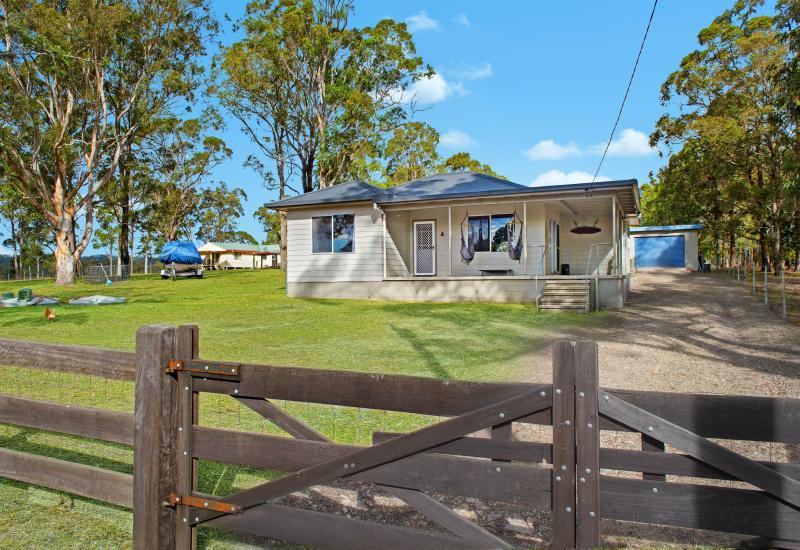 Sancrox cottage on one level acre