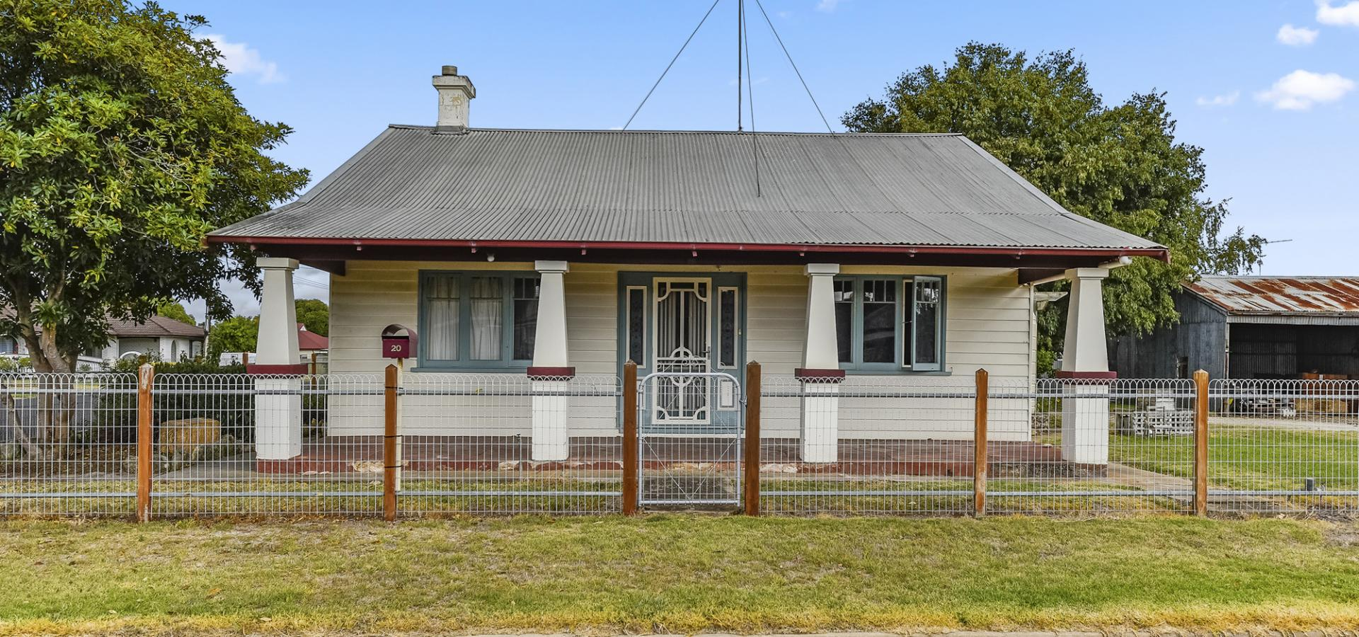Large Character home in historic Penola – The Gateway to The Coonawarra Wine Region