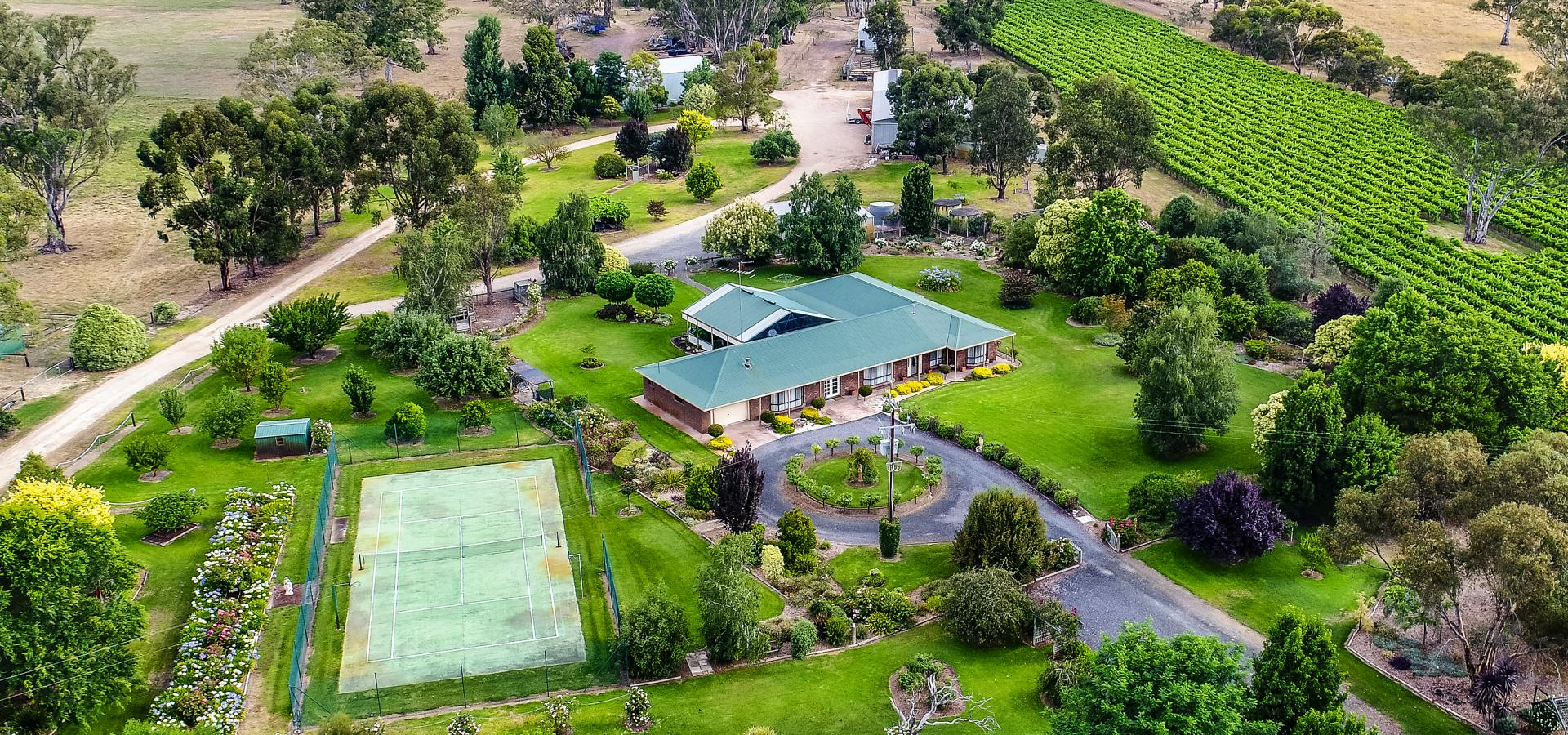 Rare Country Lifestyle Opportunity