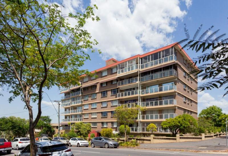 Contemporary two bedroom apartment with study in the sought after Wirrina Lodge