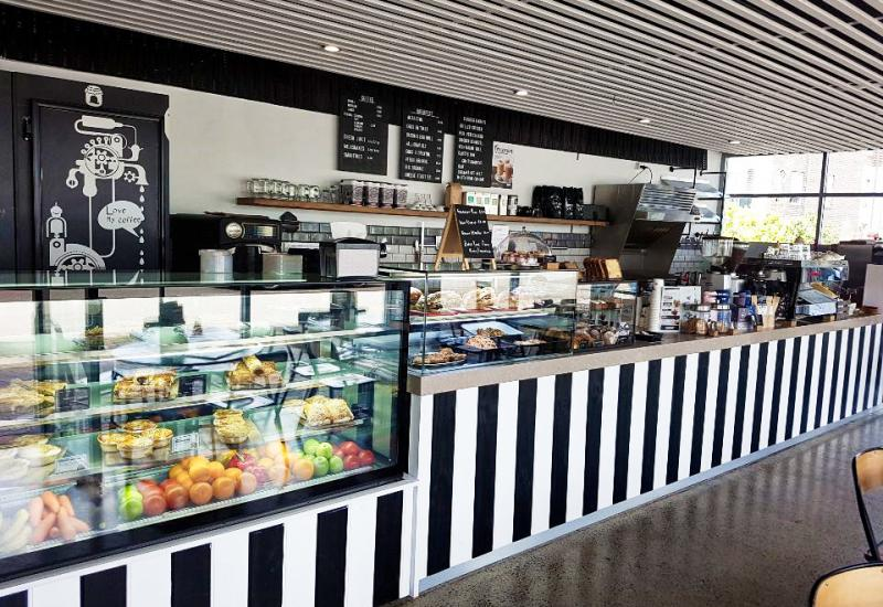 URGENT SALE! Excellent Opportunity. Newly refurbished cafe with quality equipment.