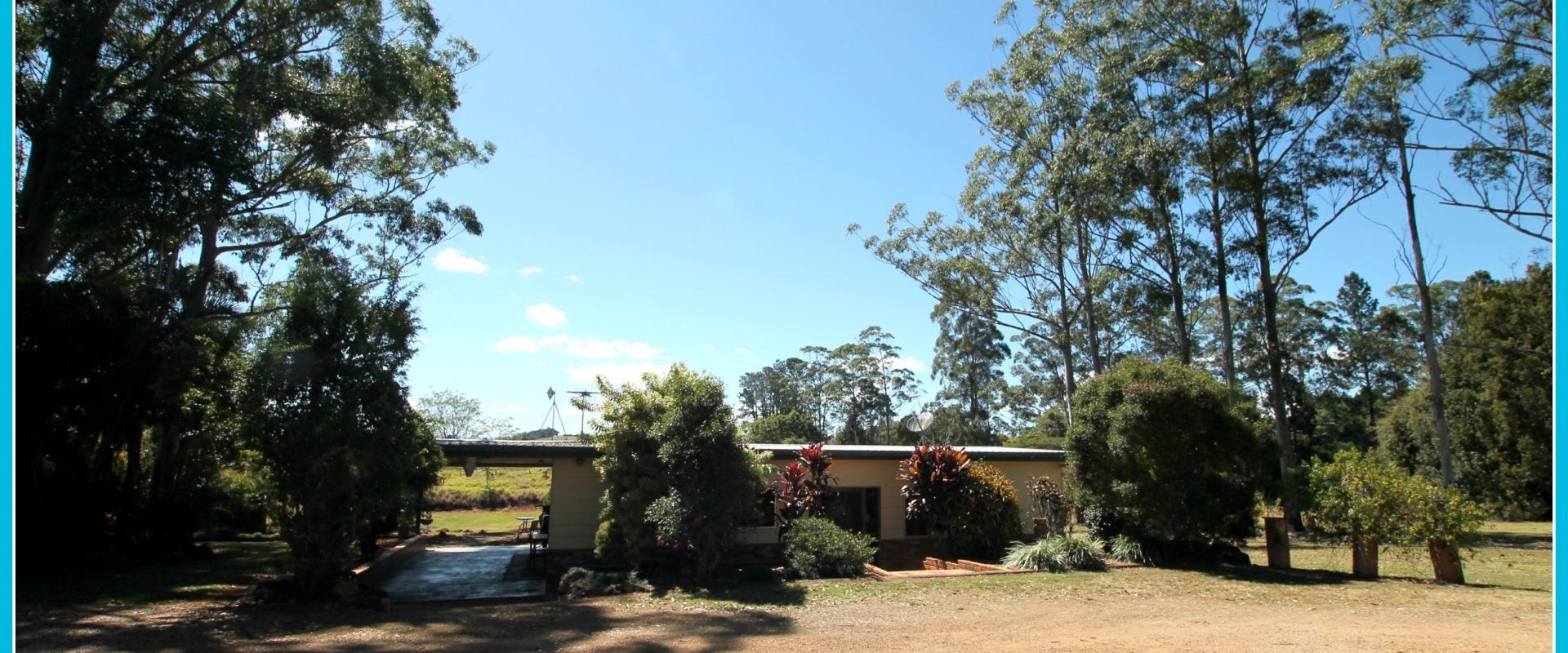 Yungaburra - Tinaroo Realty - Acreage, Dam & House! Great Price