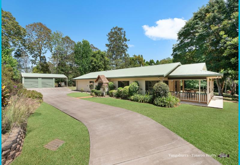 Beautiful Family home on 2.5 Acres