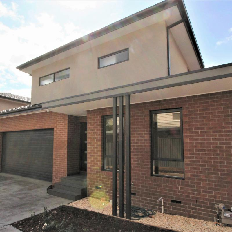 Brand New Executive Double Storey Townhouse - 6 Star Rating!