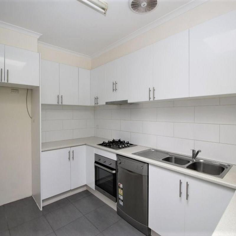 Walk to Train Station, Shops & Located within GWSC Catchment