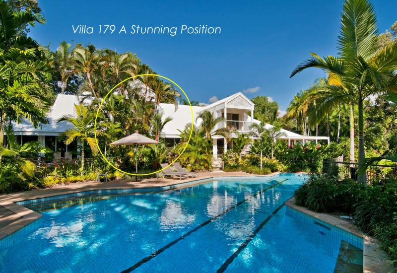 Lap Up this Incredible Mirage Villa at a Reduced Price!