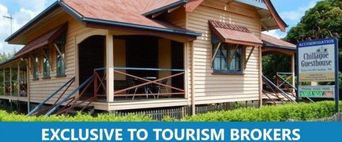 2655MF - PROFITABLE 1906 HISTORIC GUESTHOUSE IN FAR NORTH QUEENSLAND