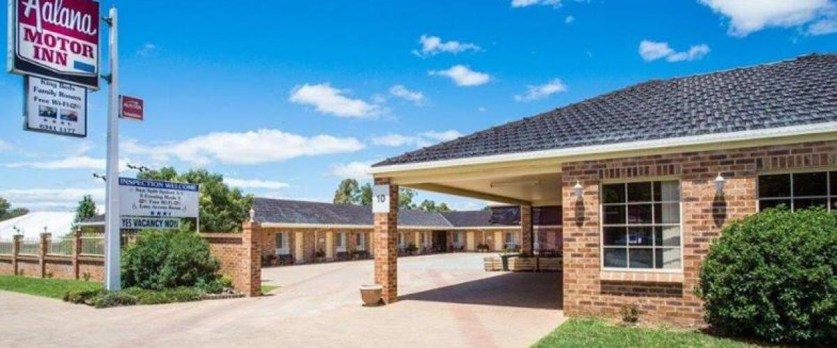 407MI - Fantastic Condition Investment Motel + Money maker