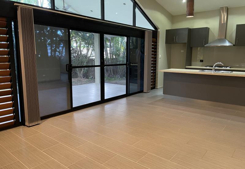 Modern Private Tropical Villa !