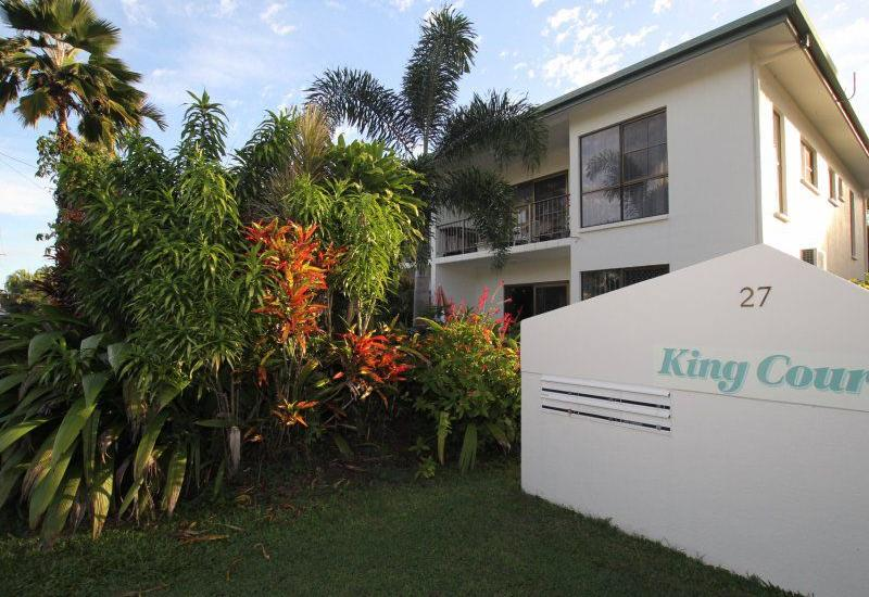Fully Renovated, Immaculate Complex !