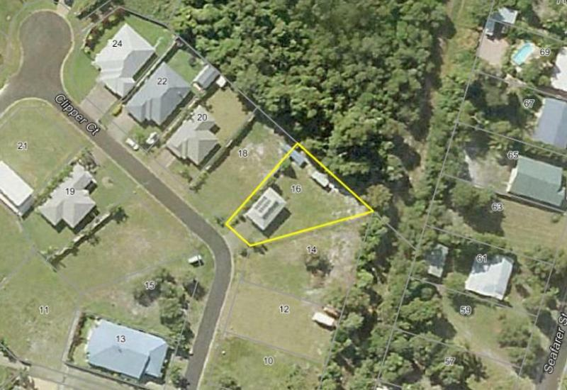 Backing onto Reserve with A Block Shed !