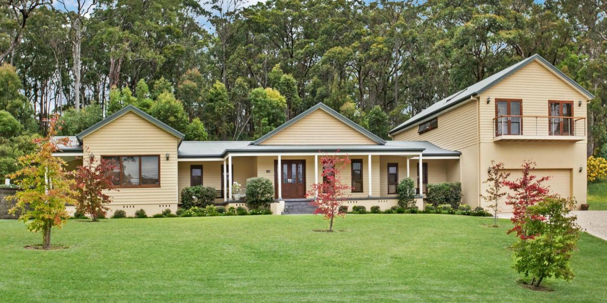 Your Very Own Piece of Acreage Paradise!