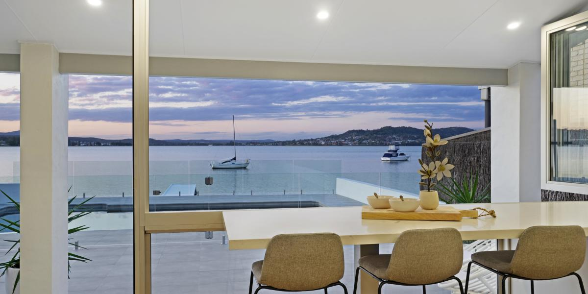 North Facing Luxurious Deep Waterfront