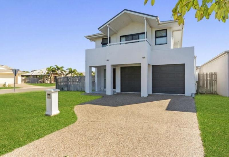 Double Storey in Willowbank Estate