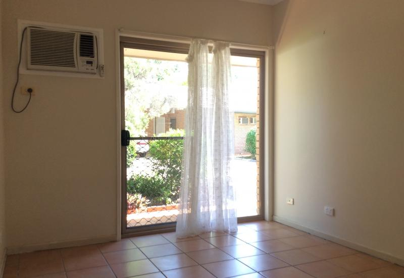 Neat & Tidy unit close to town
