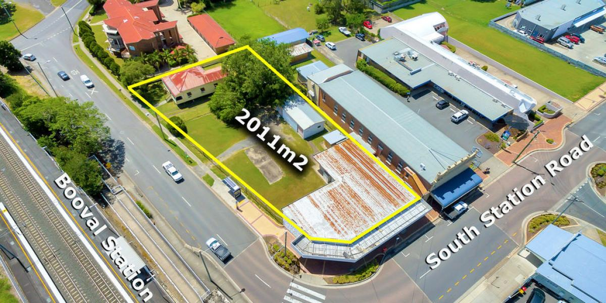 2 STREET FRONTAGE - PRIME DEVELOPMENT LOCATION IN BOOVAL